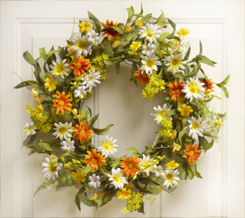 Interior decorating with spring wreaths silk flowers Decorative wreaths for home