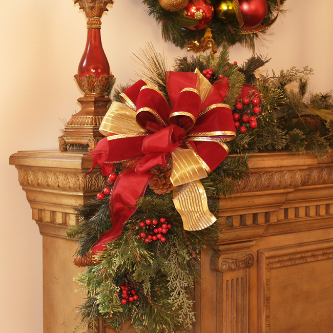Christmas mantle corner piece with bow cr1021 holiday decoration christmas mantle corner piece with bow cr1021 holiday decoration click image to close mightylinksfo