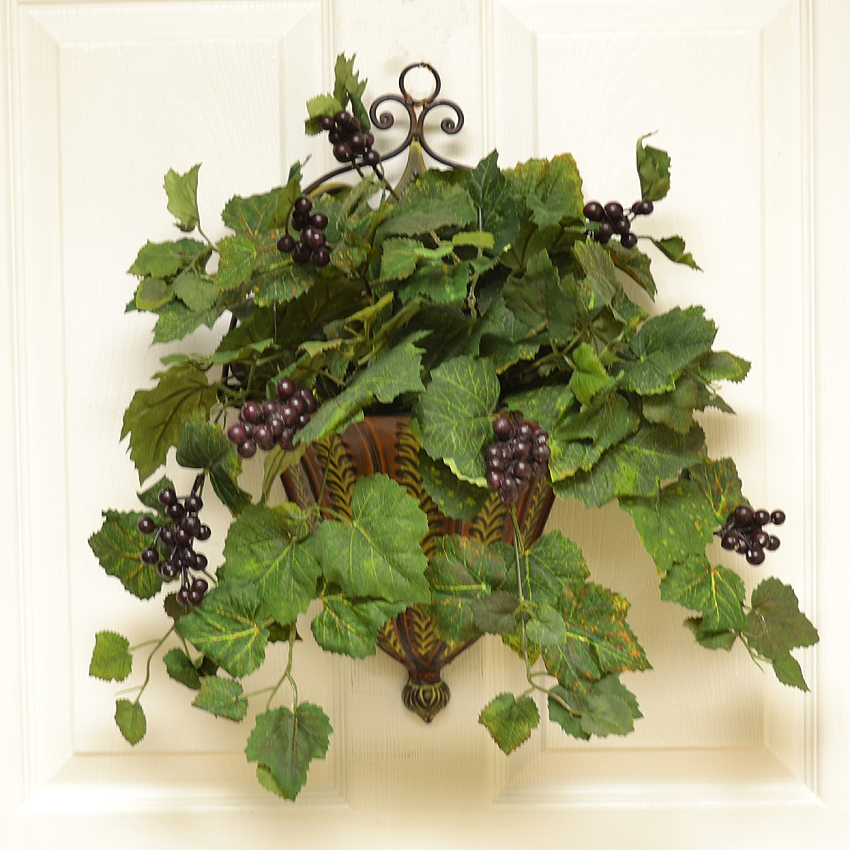 Wall Sconces With Flowers: Metal Wall Sconce With Grape Ivy